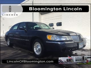 Used 2001 Lincoln Town Car Executive In Bloomington Minnesota