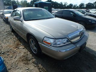 Lincoln Town Car Signature Limited 2007