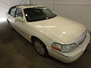 Used 2007 Lincoln Town Car Signature Limited in Windsor, New Jersey
