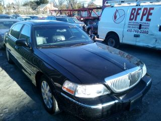 Lincoln Town Car Executive L 2003