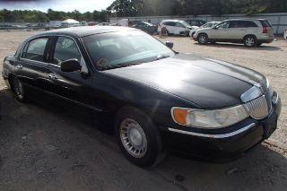 Lincoln Town Car Executive L 2002