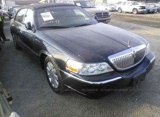 Used 2005 Lincoln Town Car Executive L In Bay Point California