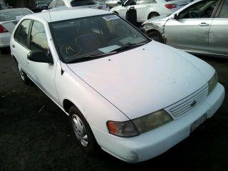 Nissan Sentra XE 1997