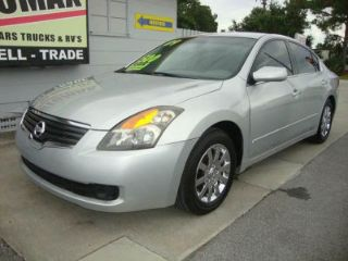 Used 2009 Nissan Altima in Pinellas Park, Florida