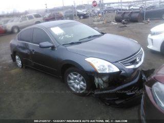 Nissan Altima S 2010