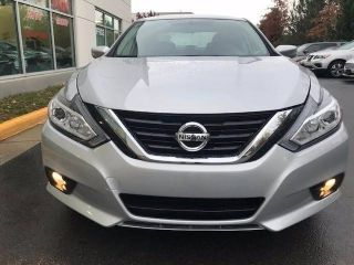 Used 2017 Nissan Altima SV in Chantilly, Virginia