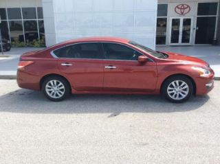 Used 2013 Nissan Altima S in Clearwater, Florida