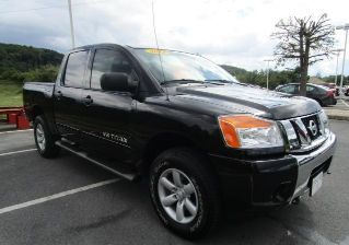 Used 2013 Nissan Titan SV in Kingsport, Tennessee