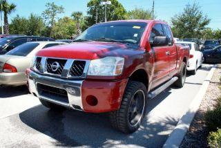 Nissan Titan XE 2005