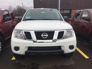 Used 2018 Nissan Frontier SV in Dover, Ohio