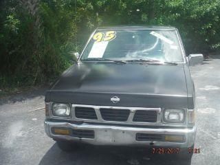 Nissan Pickup 1995