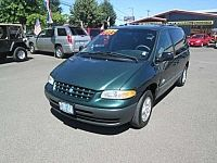 Plymouth Voyager SE 1996