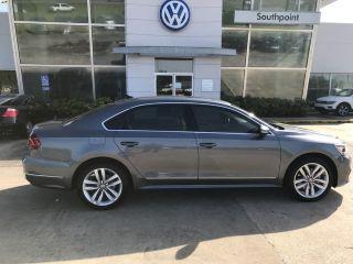 Volkswagen Passat SEL 2017