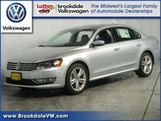 Used 2015 Volkswagen Passat SEL in Brooklyn Park, Minnesota