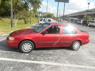 Chevrolet Prizm Base 2001