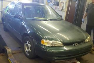 Chevrolet Prizm 2002