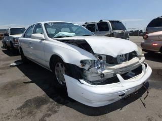 Mazda 626 ES 2000