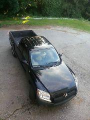Mitsubishi Raider LS 2008