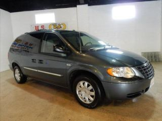 Used 2007 Chrysler Town & Country Touring in Cleveland, Ohio