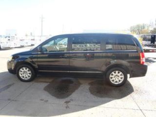 Used 2010 Chrysler Town & Country LX in West Fargo, North Dakota