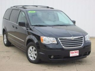 Used 2010 Chrysler Town & Country Touring in Dyersville, Iowa