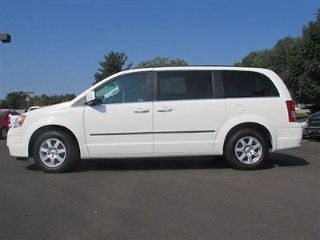 Used 2010 Chrysler Town & Country Touring in Indianapolis, Indiana