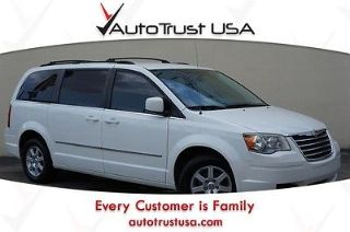 Used 2010 Chrysler Town & Country Touring in Hollywood, Florida