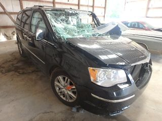 Used 2010 Chrysler Town & Country Limited Edition in Lexington, Kentucky