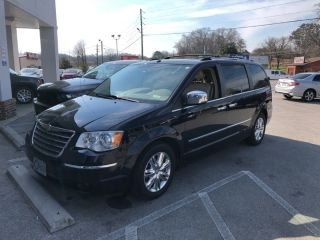 2010 Chrysler Town & Country Limited Edition