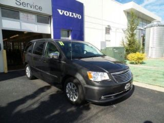 Used 2011 Chrysler Town & Country Touring in Northfield, Illinois