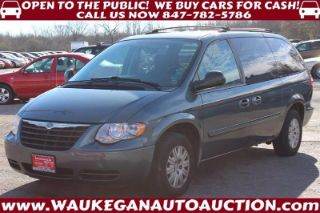 Chrysler Town & Country LX 2007