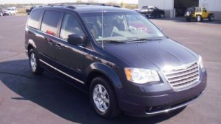 Used 2008 Chrysler Town & Country Touring in Warsaw, Indiana