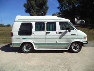 Dodge Ram Van B250 1994