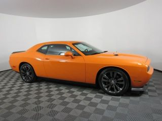2014 Dodge Challenger SRT8