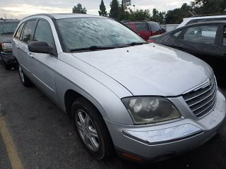 Chrysler Pacifica Touring 2005