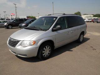 Used 2005 Chrysler Town & Country Touring in Wichita, Kansas