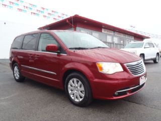 Used 2014 Chrysler Town & Country Touring in Terre Haute, Indiana