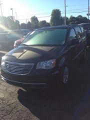 Used 2015 Chrysler Town & Country Touring in Springfield, Missouri
