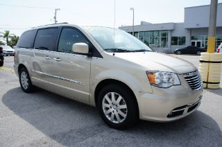 Used 2015 Chrysler Town & Country Touring in Melbourne, Florida