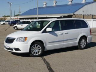 Used 2015 Chrysler Town & Country Touring in Owatonna, Minnesota