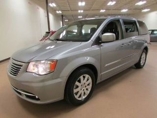 Used 2015 Chrysler Town & Country Touring in Union City, Georgia
