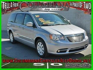 Used 2015 Chrysler Town & Country Touring in Columbiana, Ohio