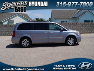 Used 2014 Chrysler Town & Country Touring in Wichita, Kansas
