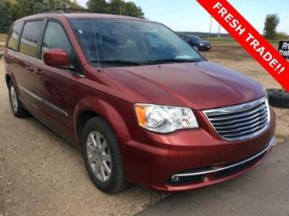Used 2014 Chrysler Town & Country Touring in New Ulm, Minnesota