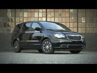 Used 2014 Chrysler Town & Country Touring in Clinton, Illinois