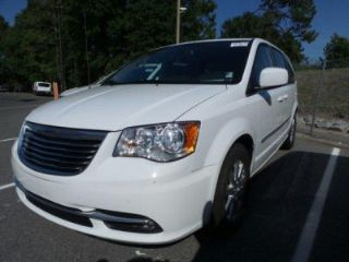 Used 2015 Chrysler Town & Country Touring in Brunswick, Georgia