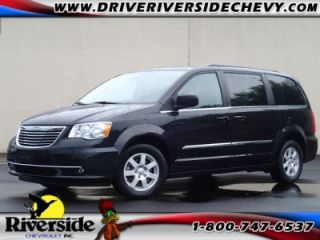 Used 2012 Chrysler Town & Country Touring in Chillicothe, Illinois