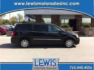 Used 2014 Chrysler Town & Country Touring in Lafayette, Indiana
