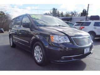 Used 2015 Chrysler Town & Country Touring in Coventry, Rhode Island