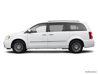 Used 2014 Chrysler Town & Country Touring in Hartford, Connecticut